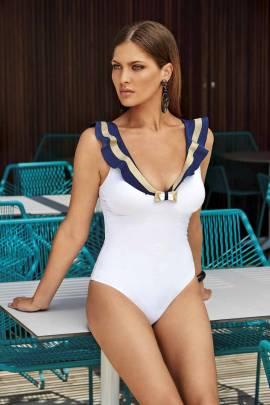 Білий злитий купальник Amarea 15420